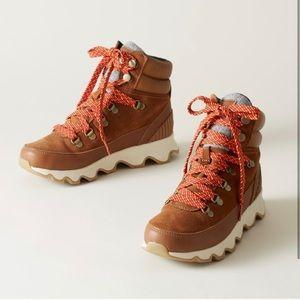 Sorel Kinetic Conquest sneaker boot tan NEW 9.5
